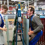 Influențele sociale afectează comportamentul de siguranță al noului angajat